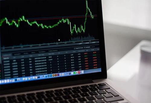 金融企業開發定制一個理財類投資APP,新的機遇有哪些?