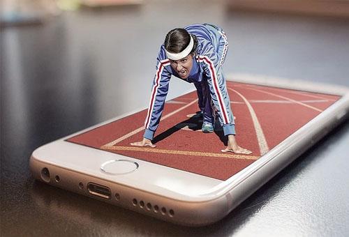 銀行開發新的手機App客戶端給用戶更新體驗