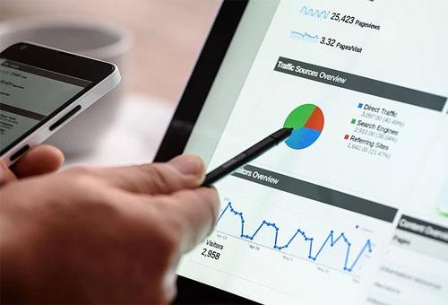 门户网站是政府部门实施电子政务的重要平台