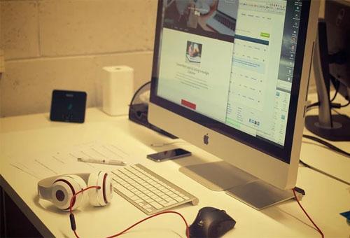 建設網站是企業在互聯網的營銷手段