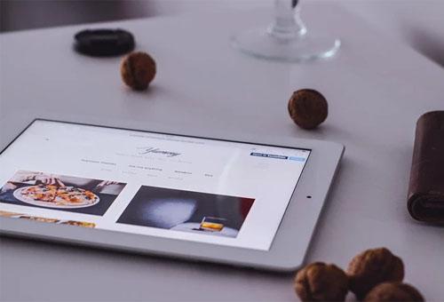 3款企业展示型手机网站制作案例分析